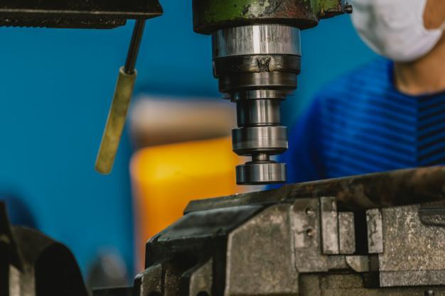 Taller de mecanizados CNC
